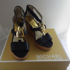 Michael Kors Hyden Wedge sz8.5, lightly used w/Box